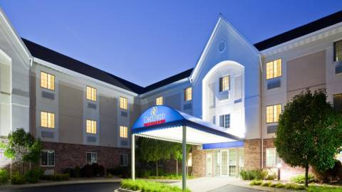 Hotels in the Fox Cities on