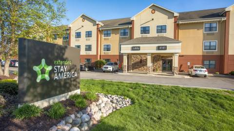 Hotels in the Fox Cities on motel 6 map, staples map, red roof inn map, homewood suites map, comfort inn map,