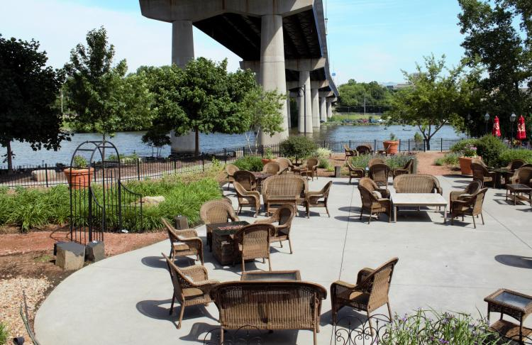 Restaurants With Outdoor Dining In The Fall Fox Cities Convention Visitors Bureau